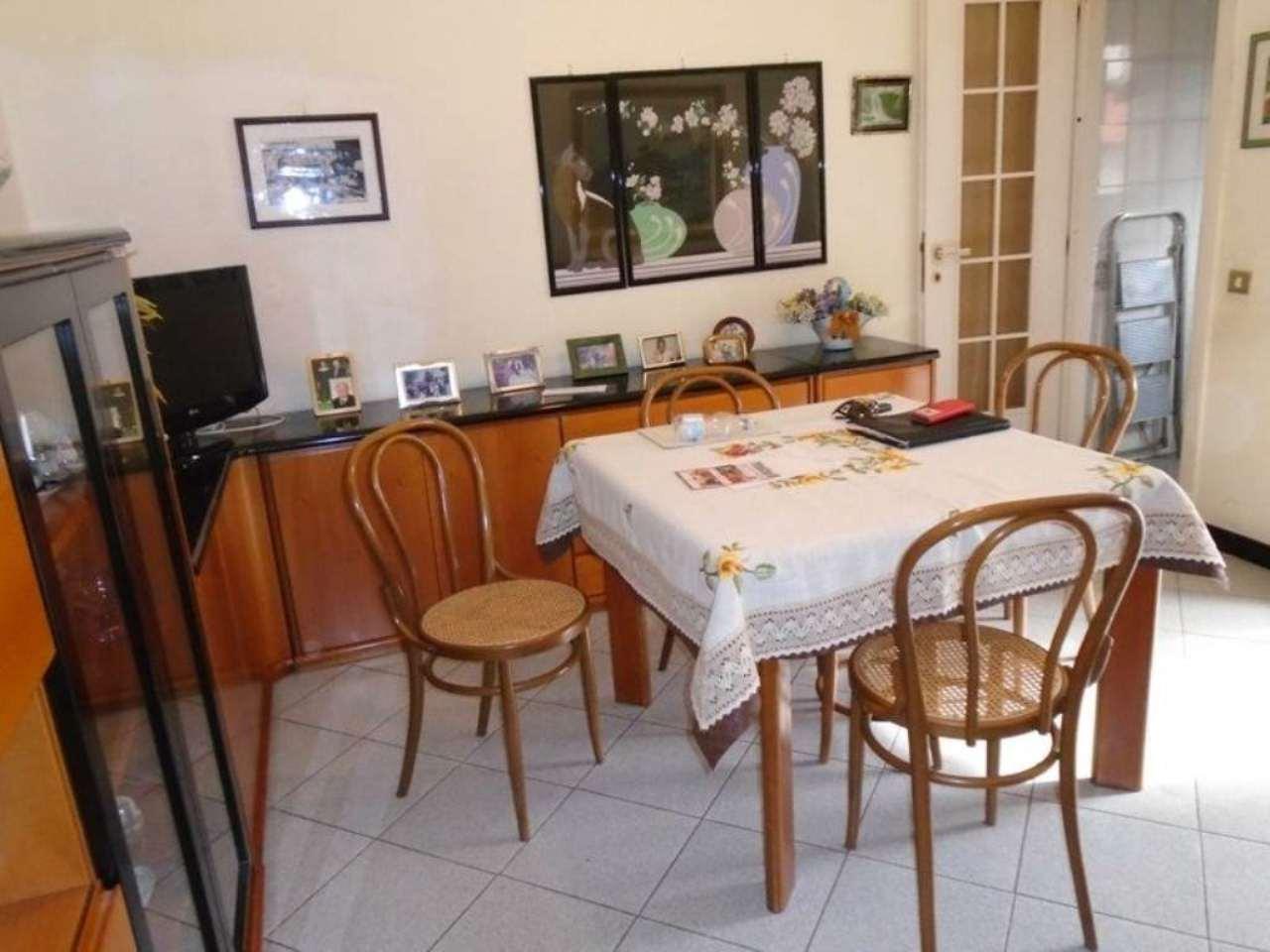 Bilocale Cinisello Balsamo Via  Monte Grappa 3