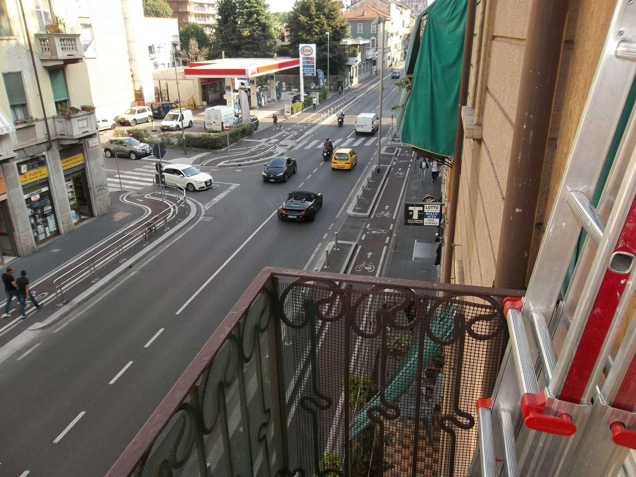 Bilocale Milano Via Imbonati 13