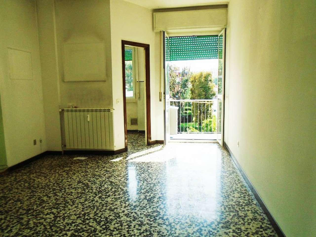 Bilocale Cinisello Balsamo Via Tasso 1