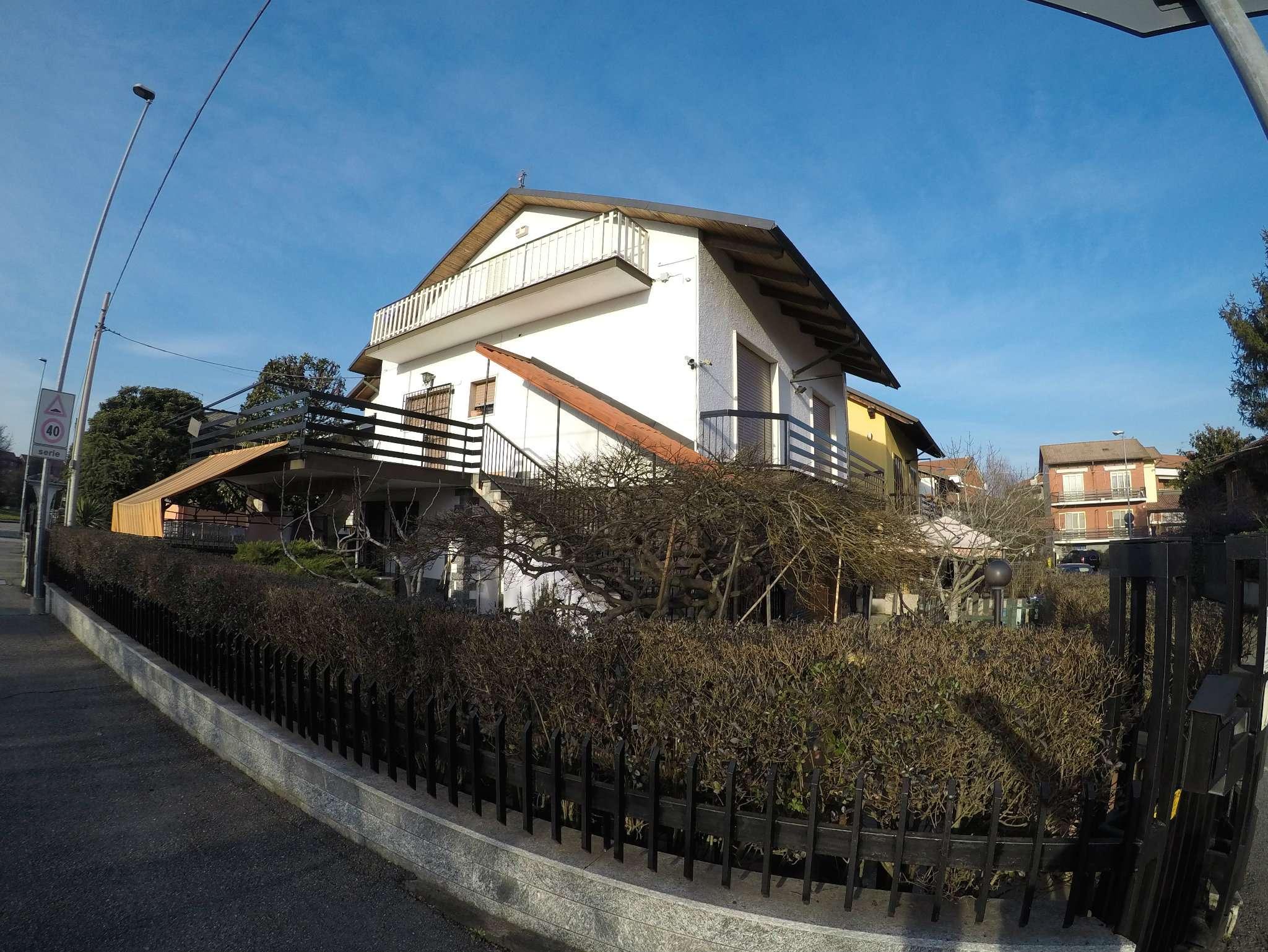Villa in vendita a Settimo Torinese, 7 locali, prezzo € 410.000 | CambioCasa.it