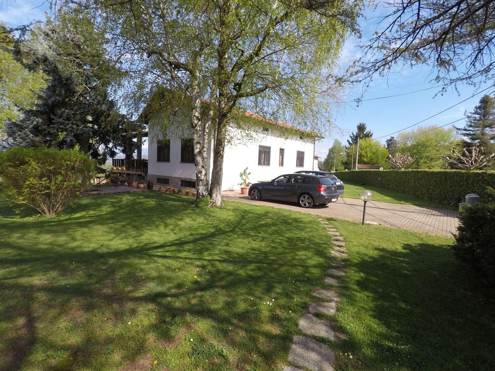 Villa in vendita a Moncrivello, 5 locali, prezzo € 255.000 | CambioCasa.it