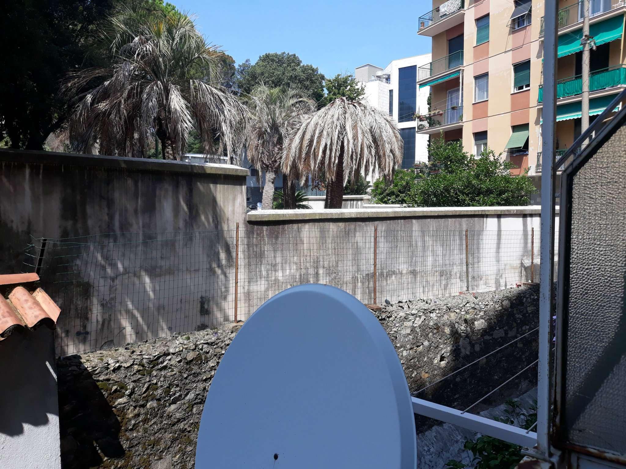Foto 6 di Bilocale via carrara 128, Genova (zona Boccadasse-Sturla)