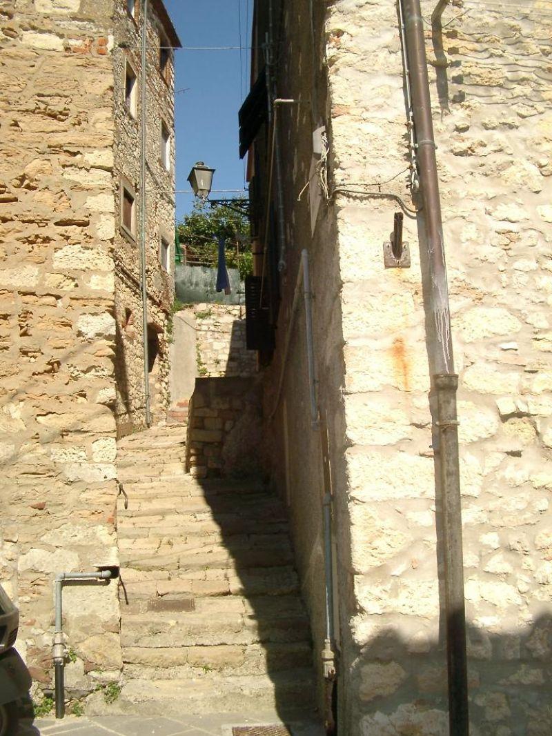 Bilocale Rosignano Marittimo Via Del Castello 2