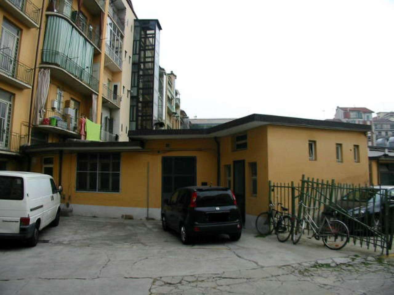 Laboratorio in affitto a Torino, 2 locali, zona Zona: 2 . San Secondo, Crocetta, prezzo € 350 | CambioCasa.it