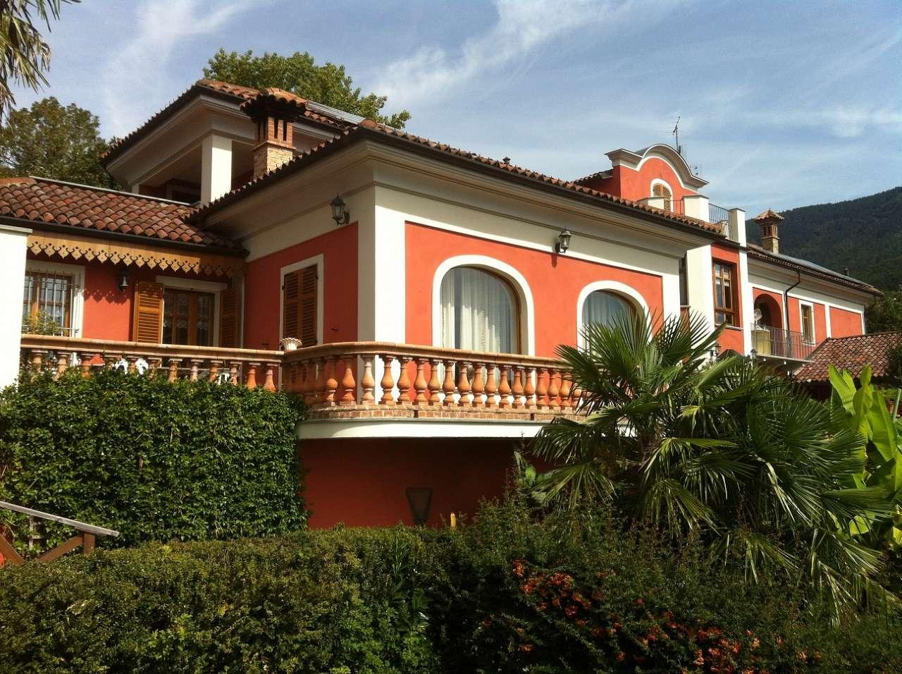 Villa in vendita a Almese, 15 locali, prezzo € 980.000 | CambioCasa.it