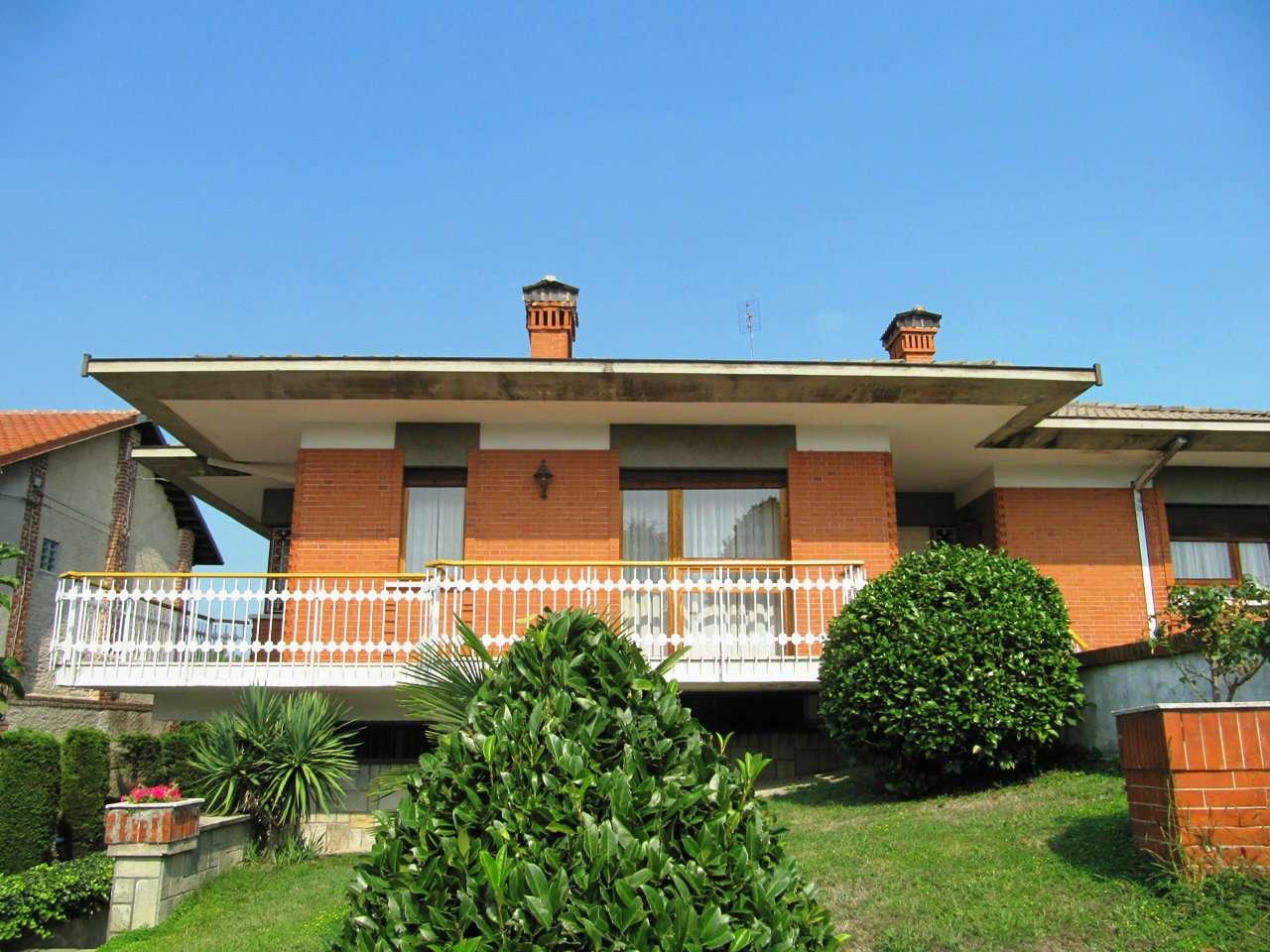 Foto 1 di Casa indipendente via TRENTO, Bosconero