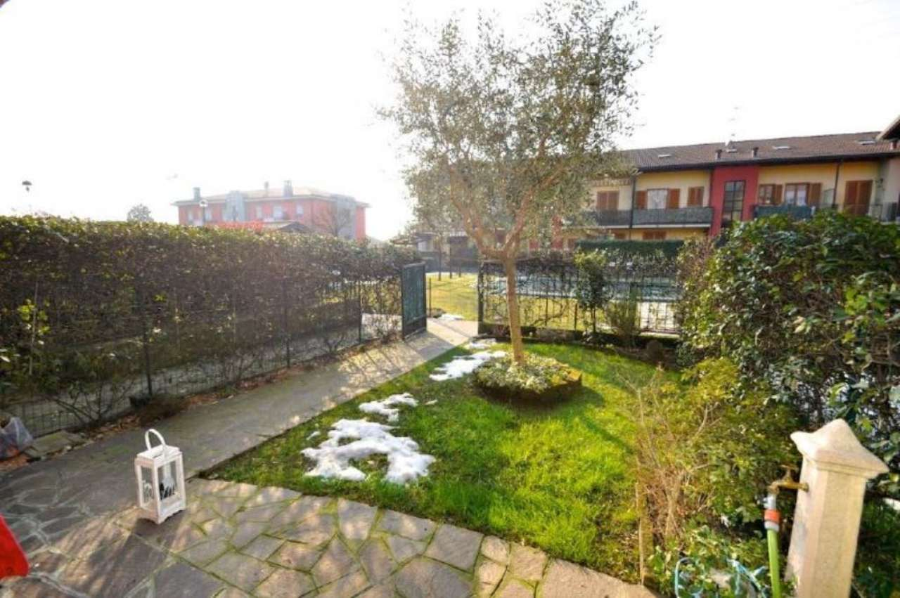 Bilocale Boltiere Via Via Toti 8