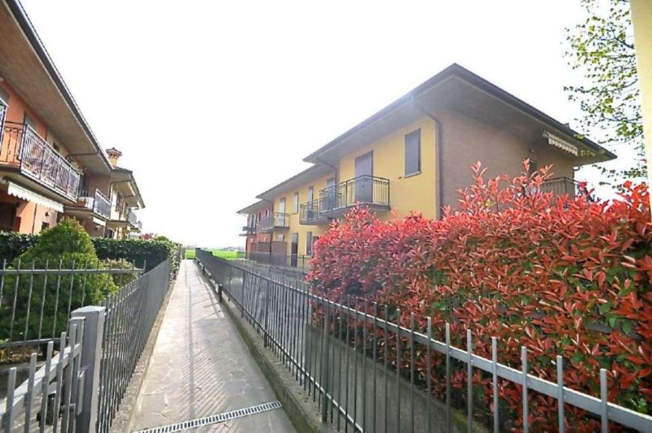 Bilocale Terno d Isola Via Casolini 3