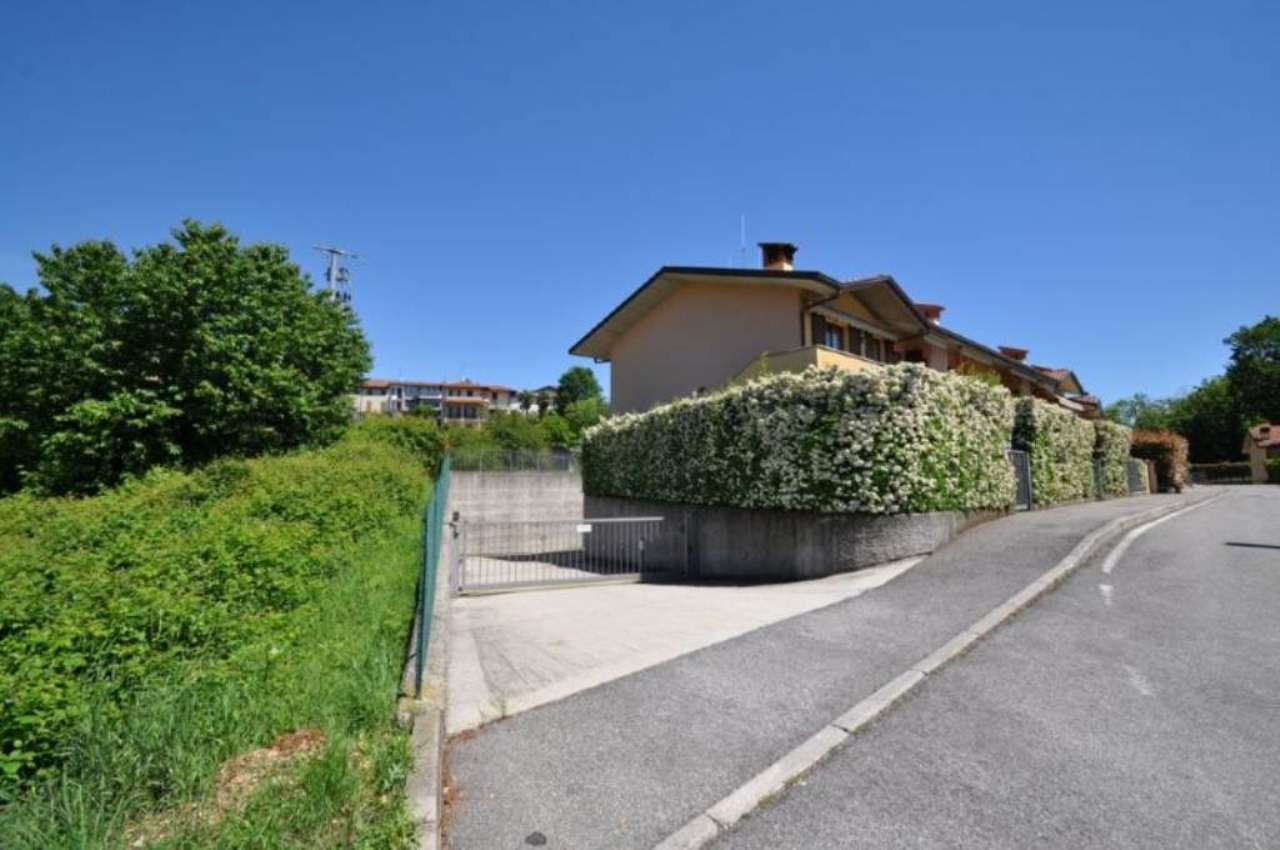 Bilocale Villa d Adda Via Pradella 11