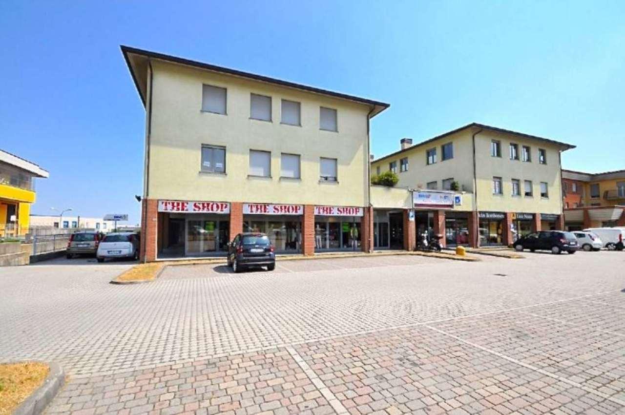 Bilocale Calusco d Adda Via San Rocco 2