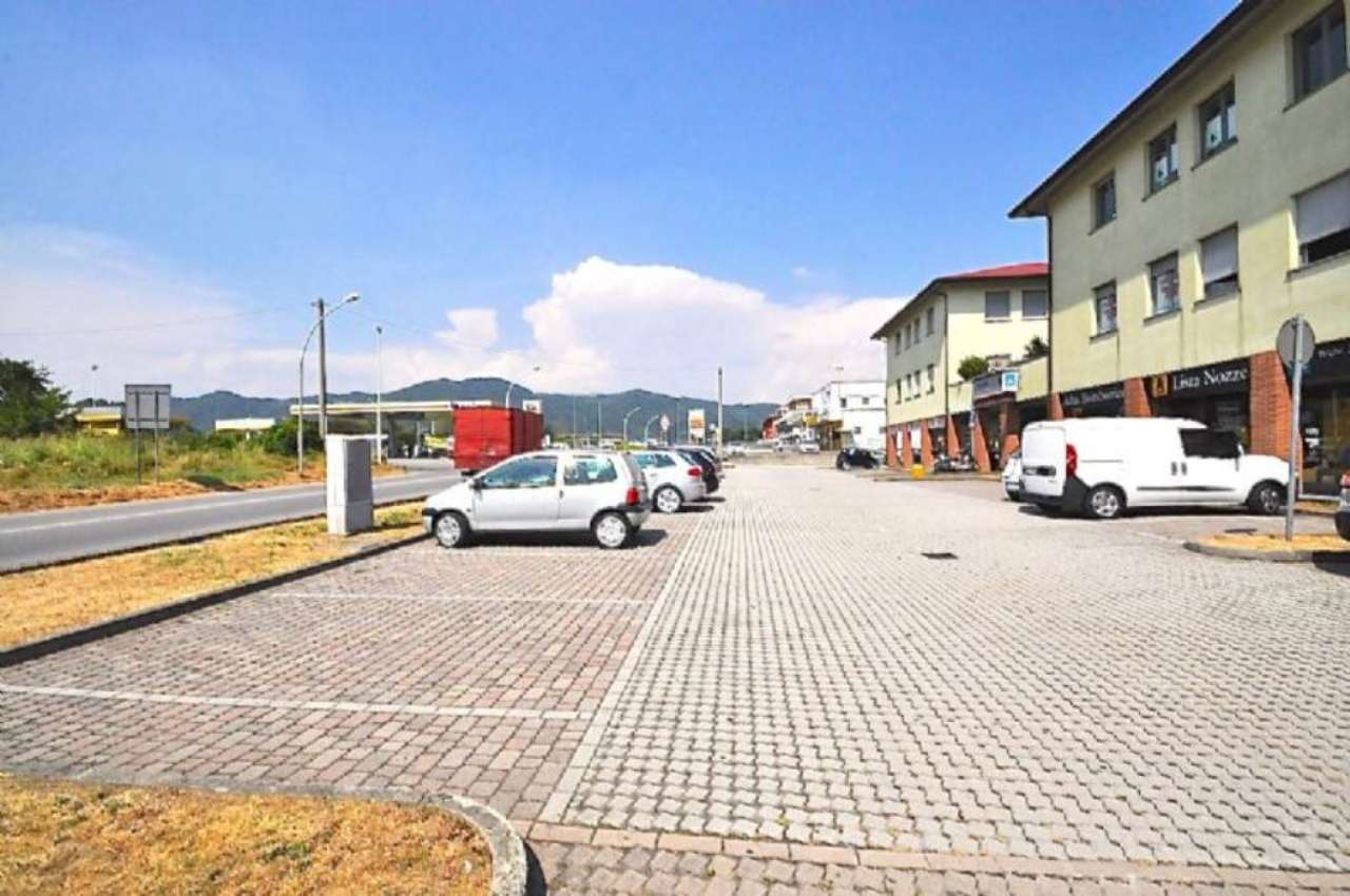 Bilocale Calusco d Adda Via San Rocco 3