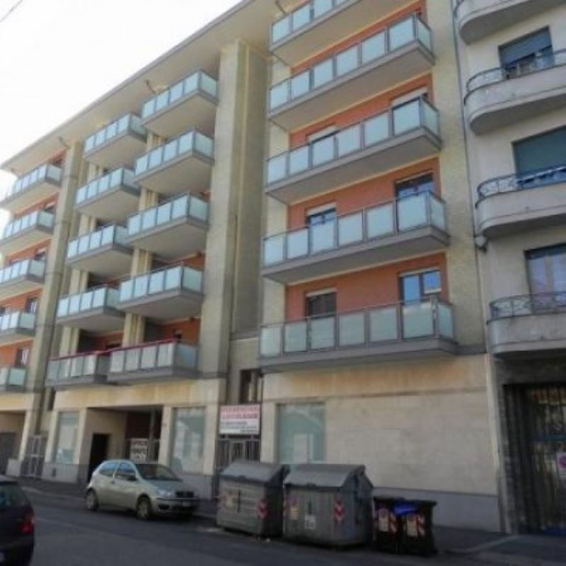 Bilocale Torino Via Gubbio 1