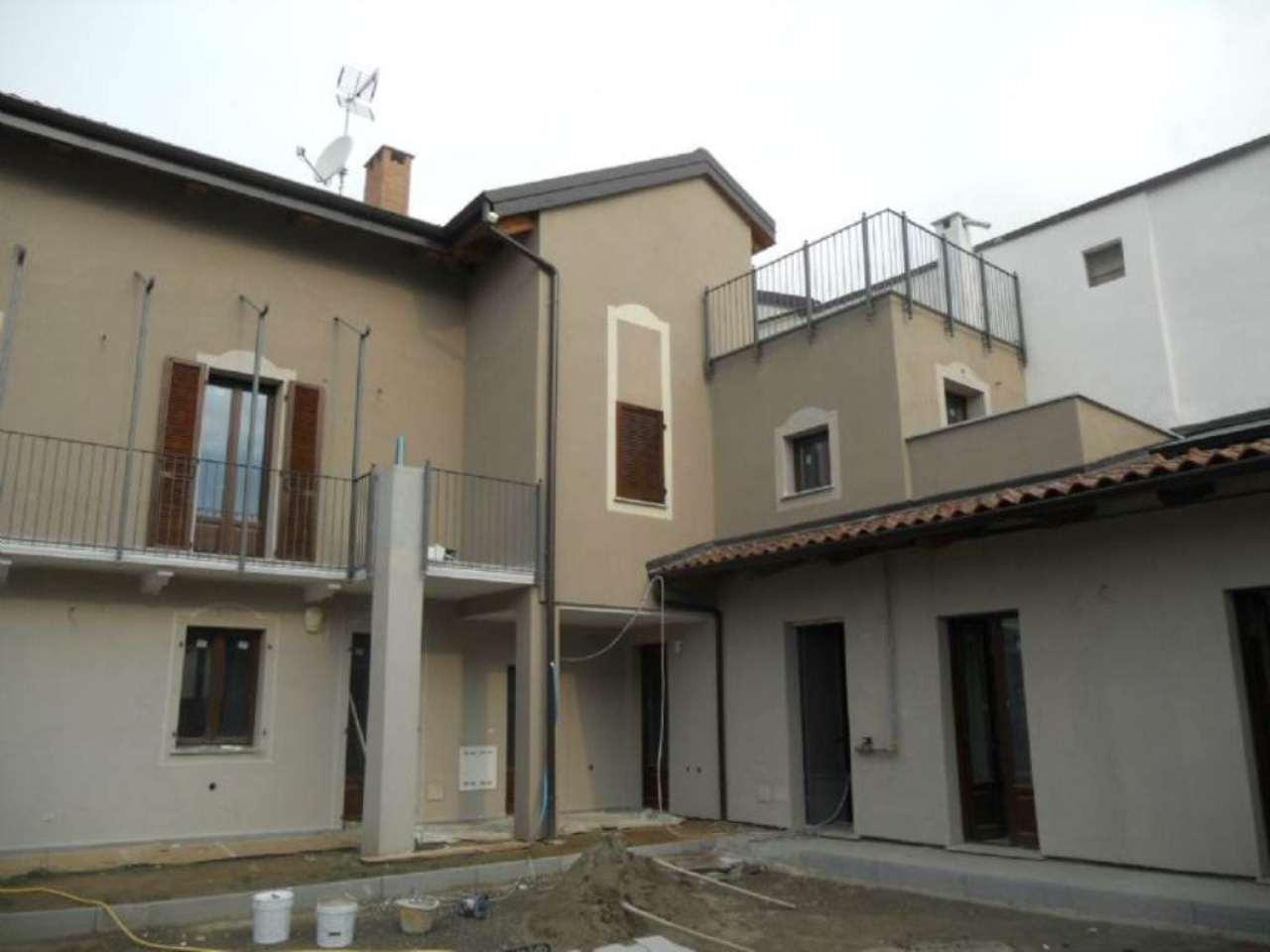 Bilocale Rivoli Via Felisio 1