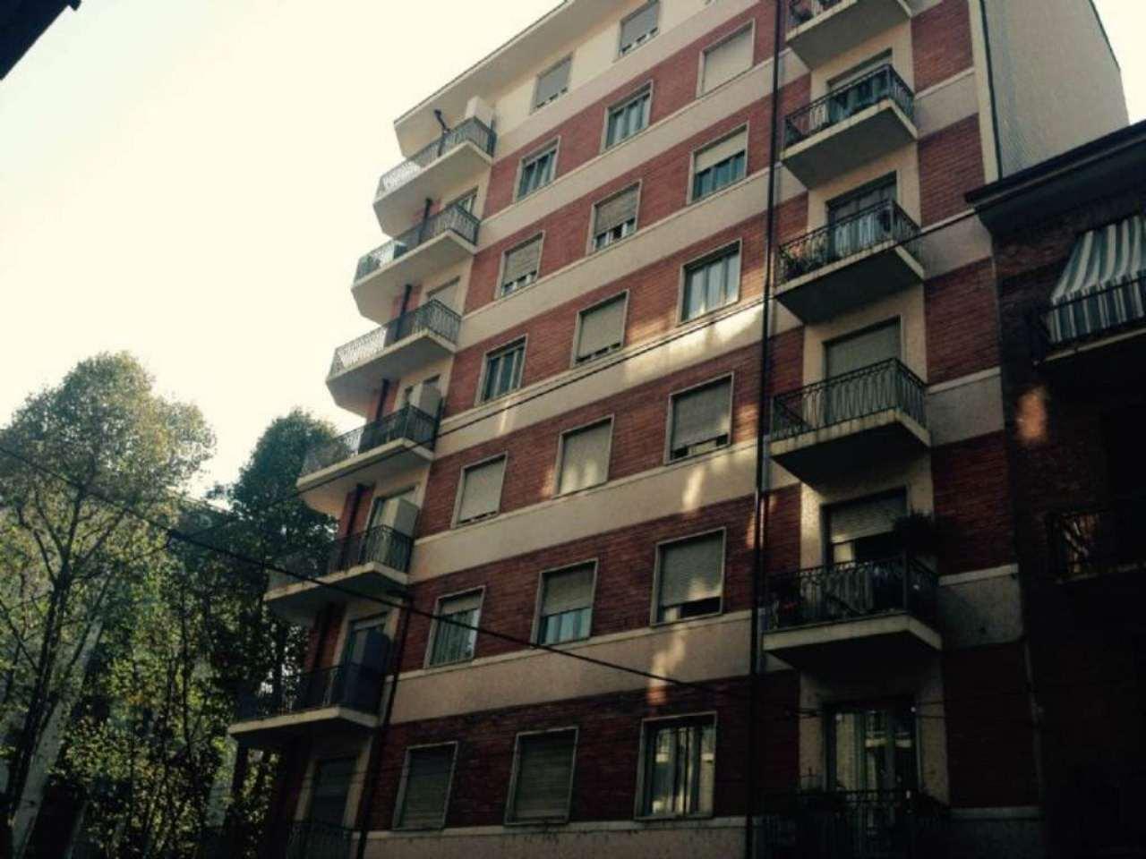 Bilocale Torino Via Nicomede Bianchi 1