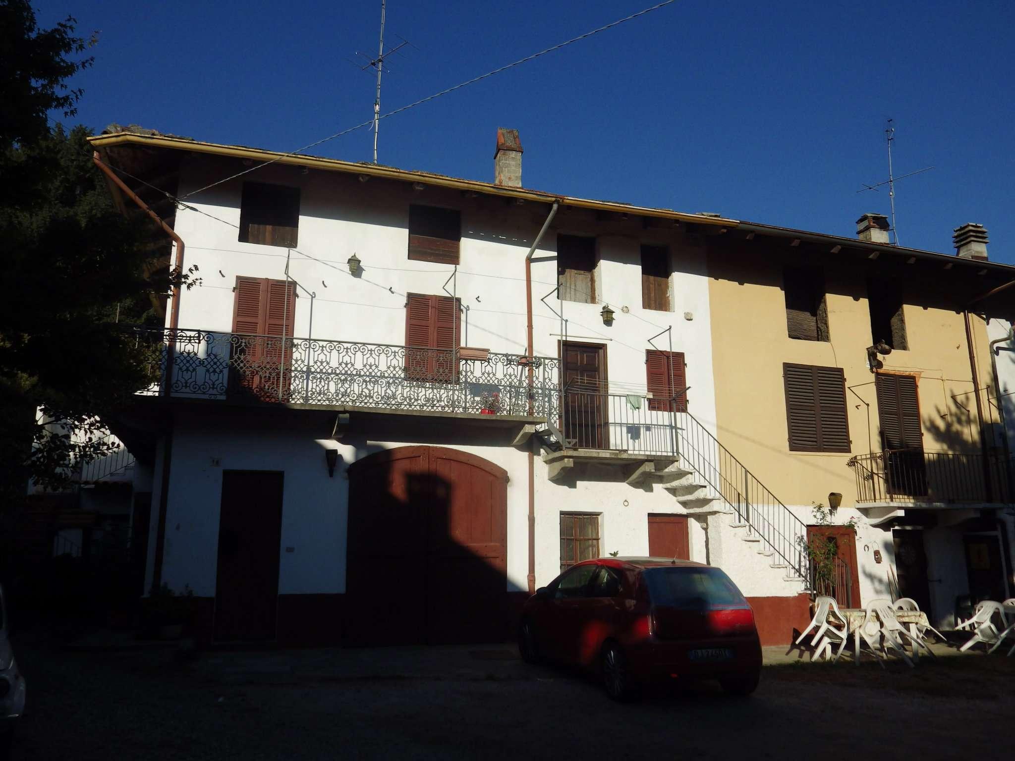 Foto 1 di Casa indipendente Via Umberto I 18, Villar Focchiardo