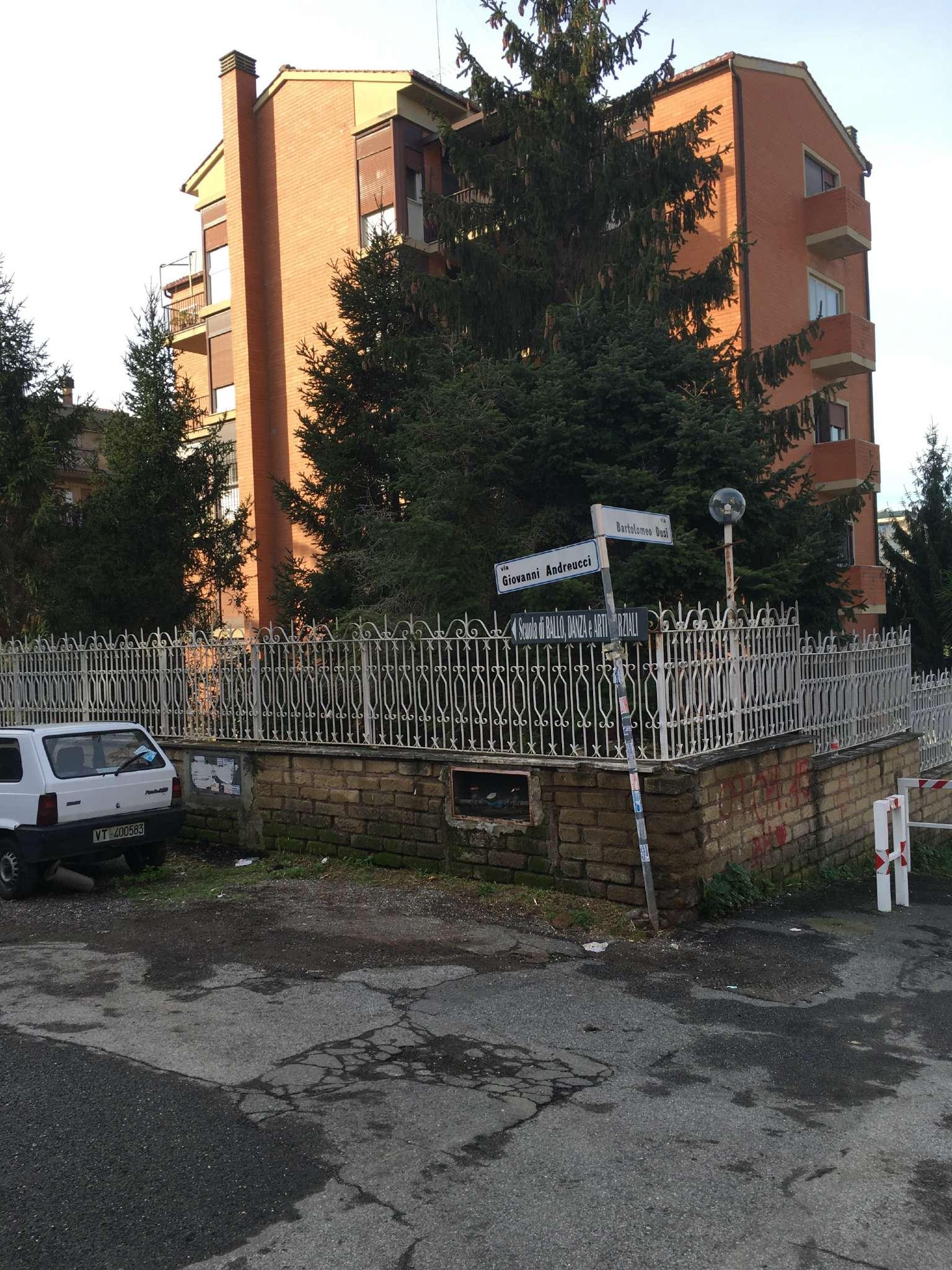 Annunci affitti negozi roma for Affitti temporanei appartamenti roma