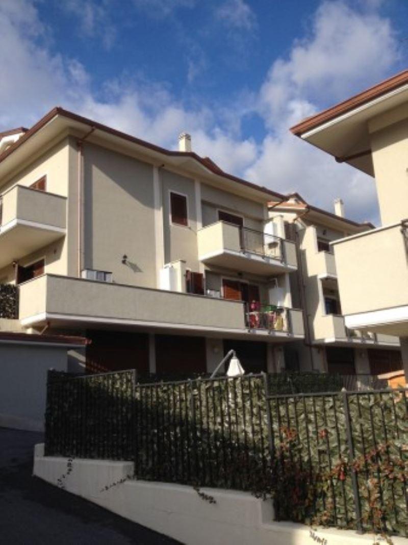 Appartamento in vendita a Mentana, 1 locali, prezzo € 80.000 | Cambiocasa.it