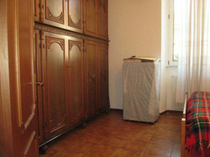 Bilocale Milano Via Boiardo 8