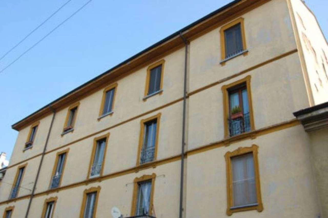 Bilocale Milano Via Mazzucchelli 4