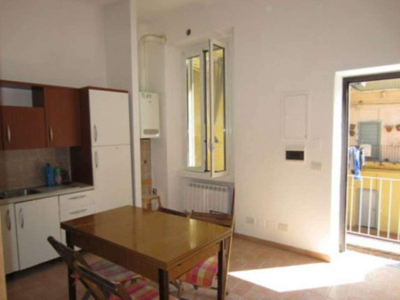 Bilocale Milano Via Mazzucchelli 8