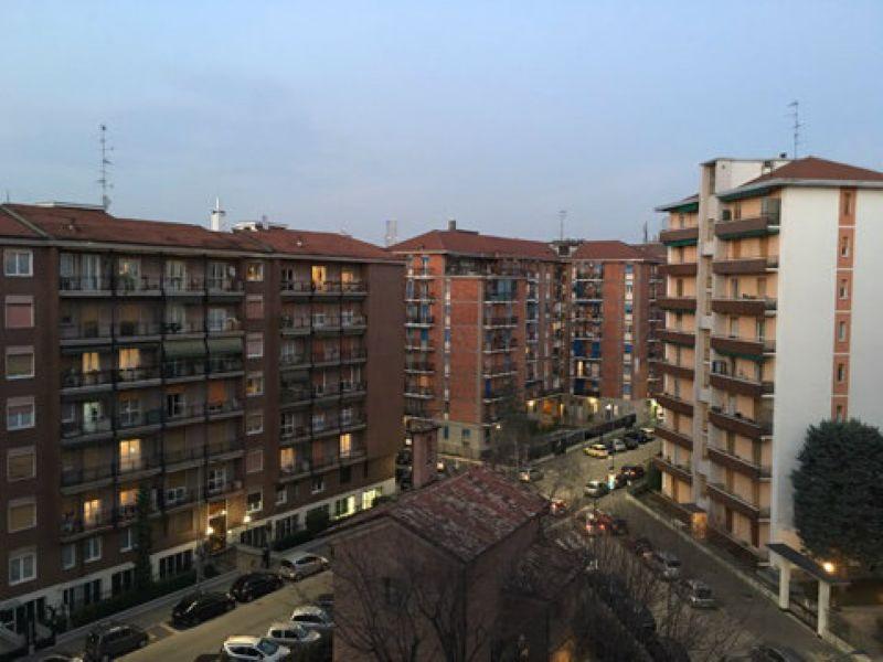 Bilocale Milano Via Martinetti 10