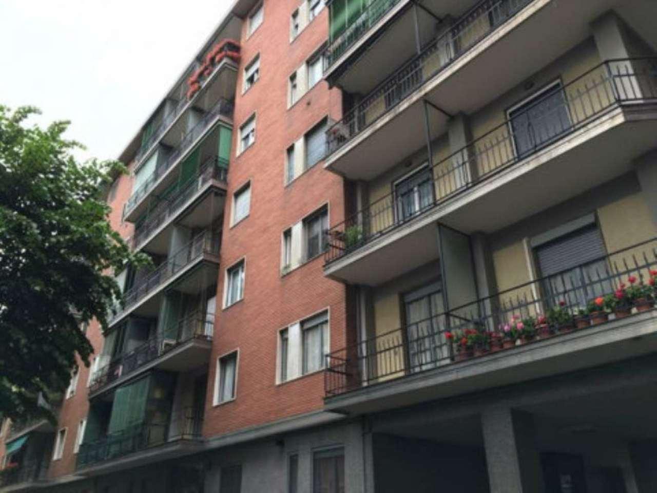 Bilocale Milano Via Marocchetti 2