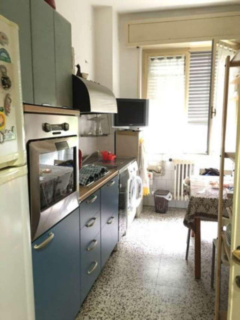 Bilocale Milano Via Marocchetti 8