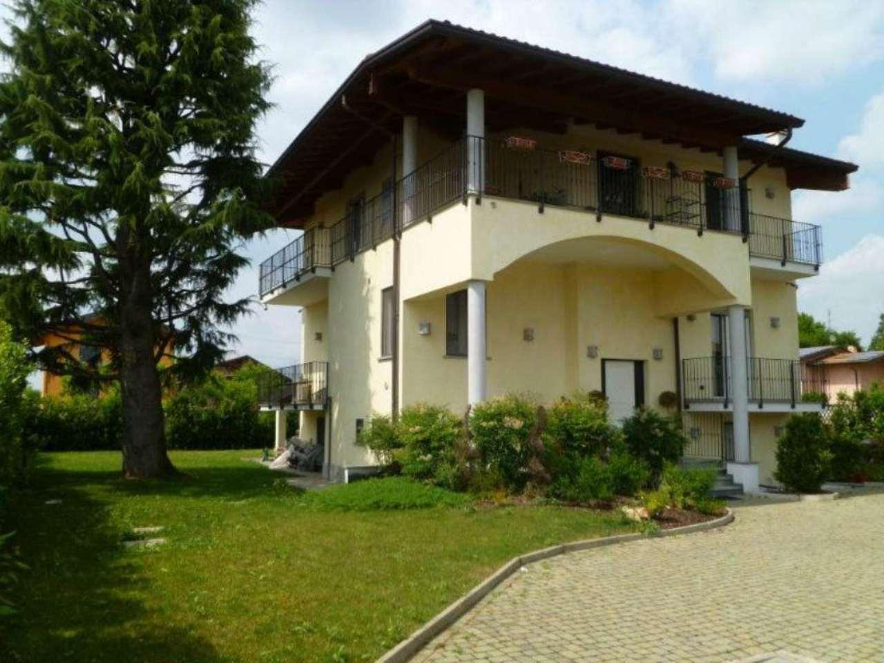 Villa in vendita a Cislago, 5 locali, prezzo € 1.000.000 | Cambio Casa.it