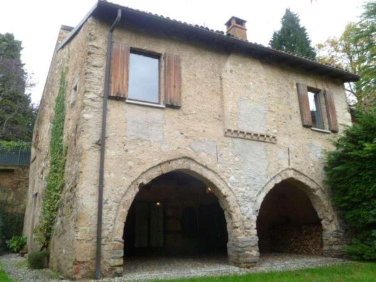 Villa in affitto a Varese, 3 locali, prezzo € 1.700 | Cambio Casa.it