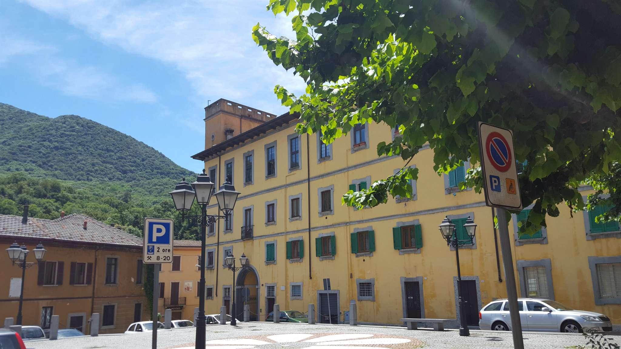 Appartamento in affitto a Cuvio, 5 locali, prezzo € 800 | Cambio Casa.it