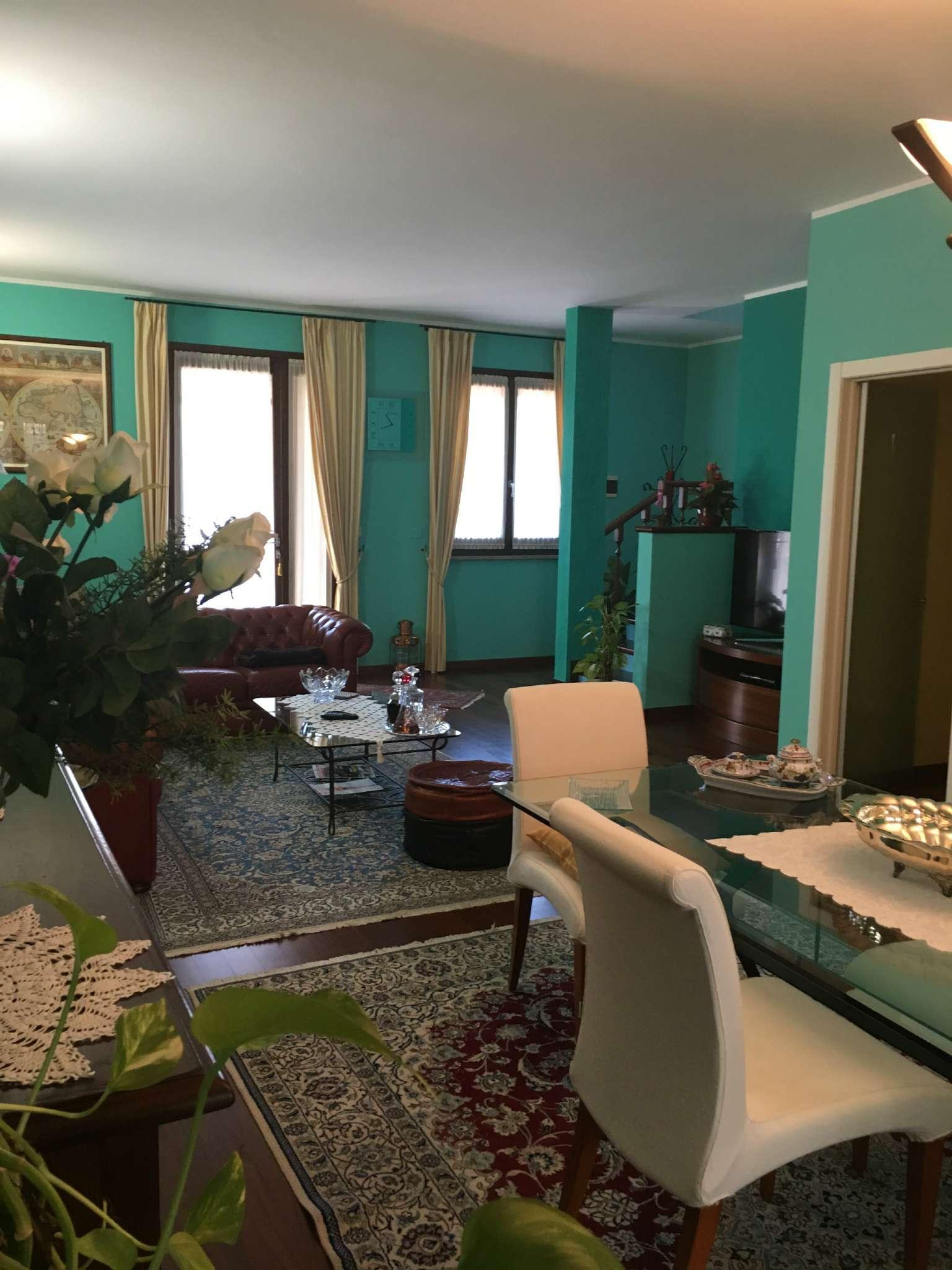 Casa indipendente in Vendita a Ravenna Centro: 5 locali, 183 mq