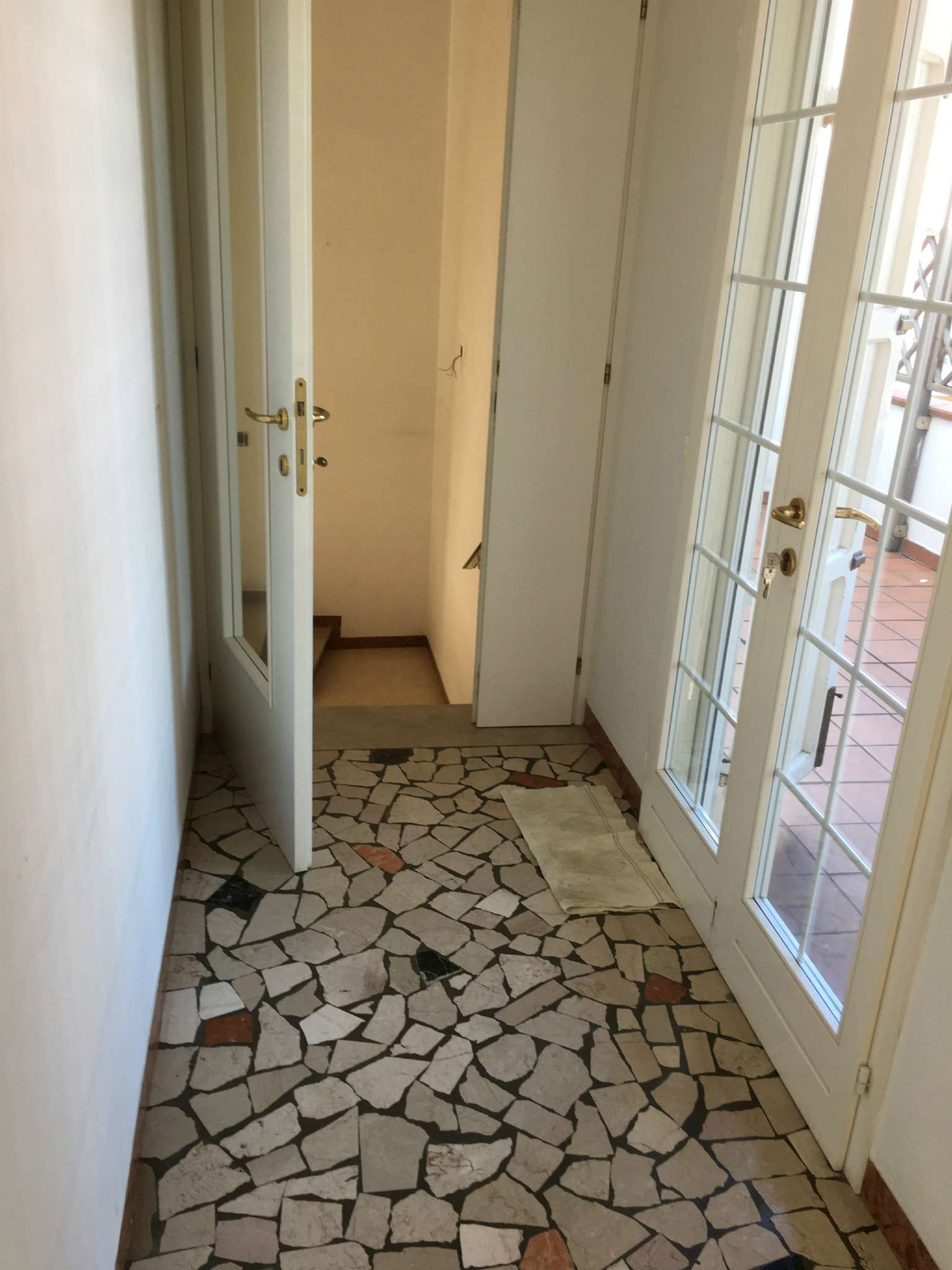 Palazzo / Stabile in vendita a Ravenna, 9999 locali, prezzo € 260.000 | CambioCasa.it