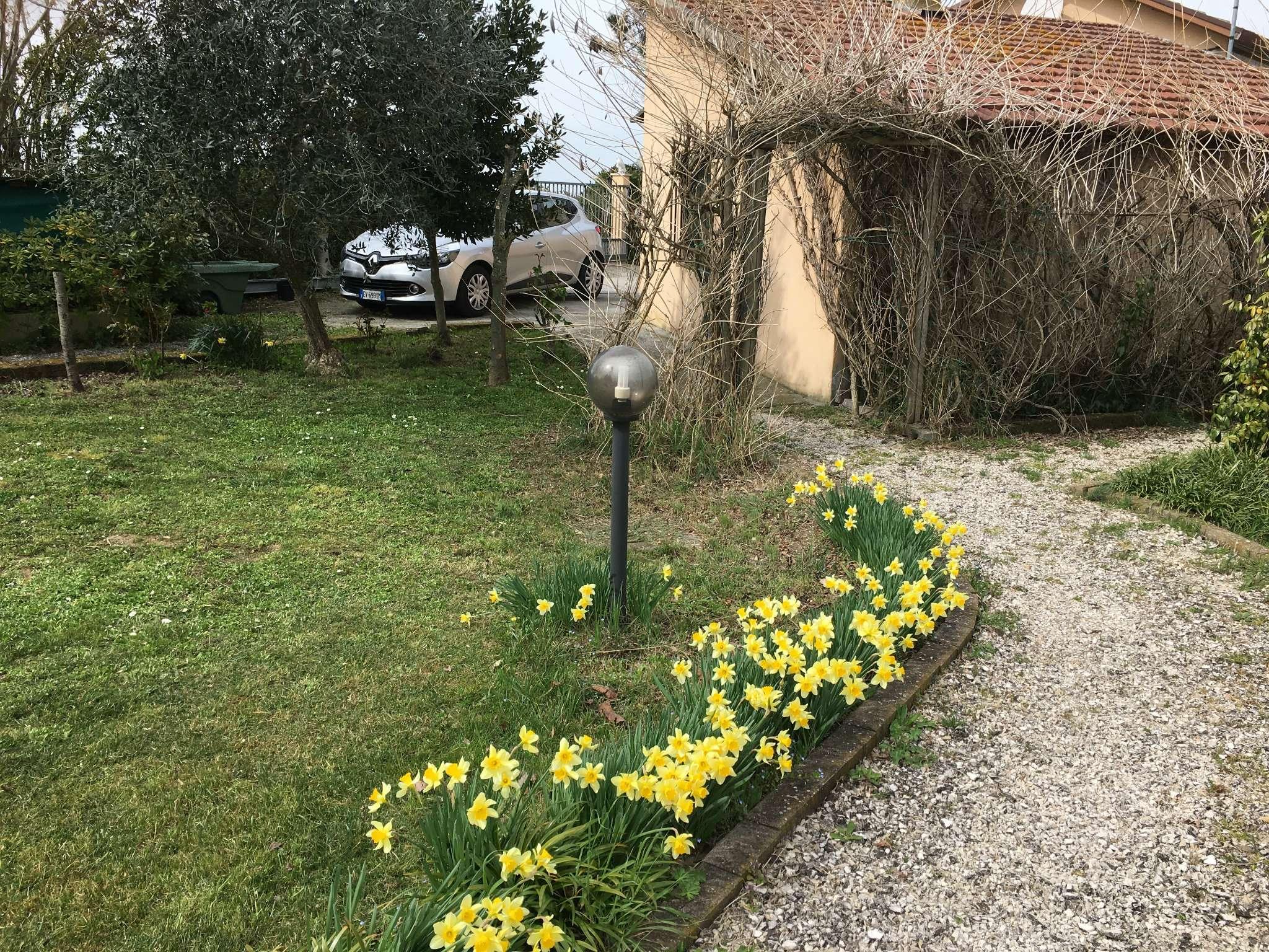Casa indipendente in Vendita a Ravenna Periferia Sud: 5 locali, 115 mq