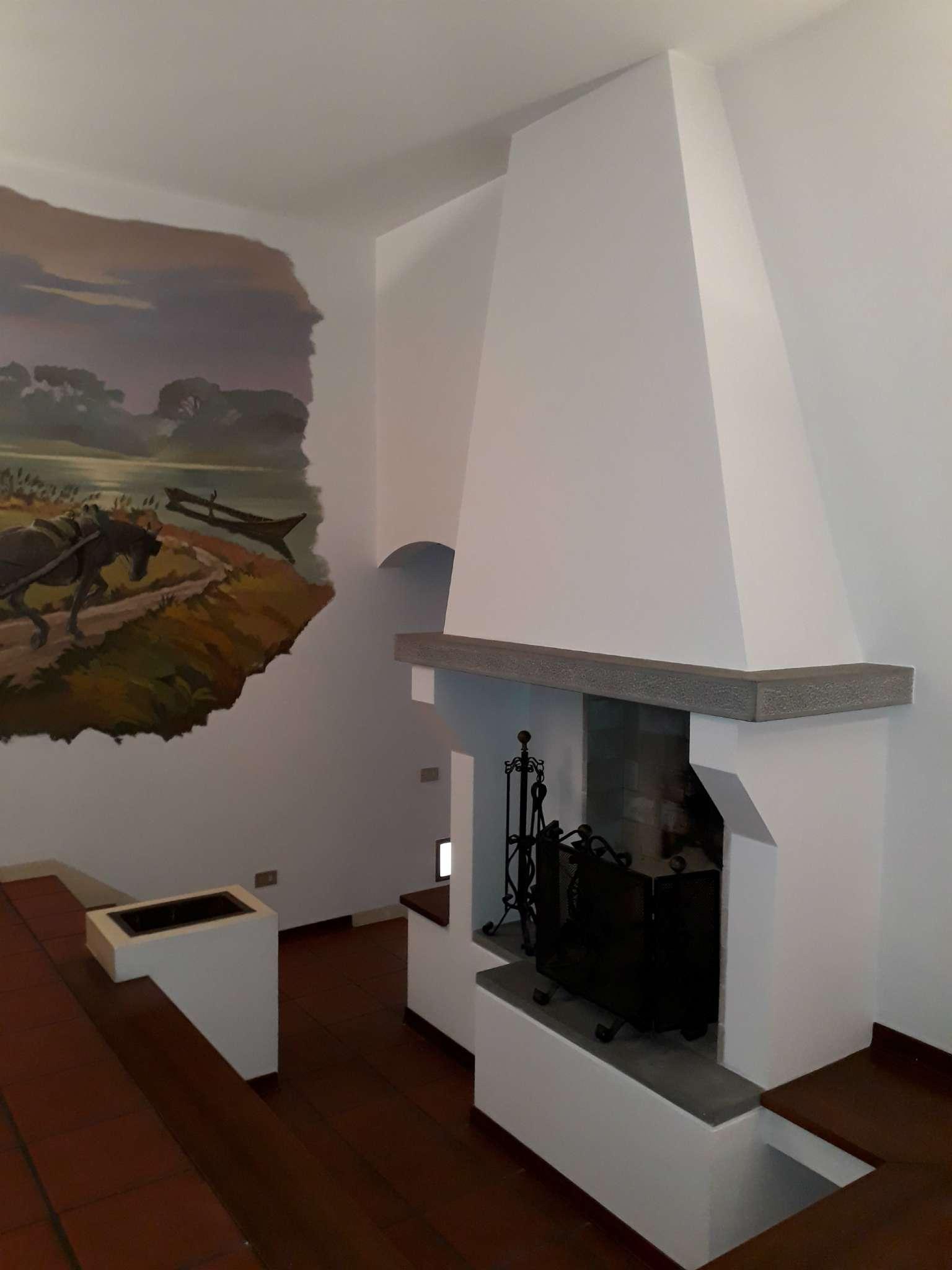 Appartamento in Affitto a Ravenna Centro: 5 locali, 137 mq