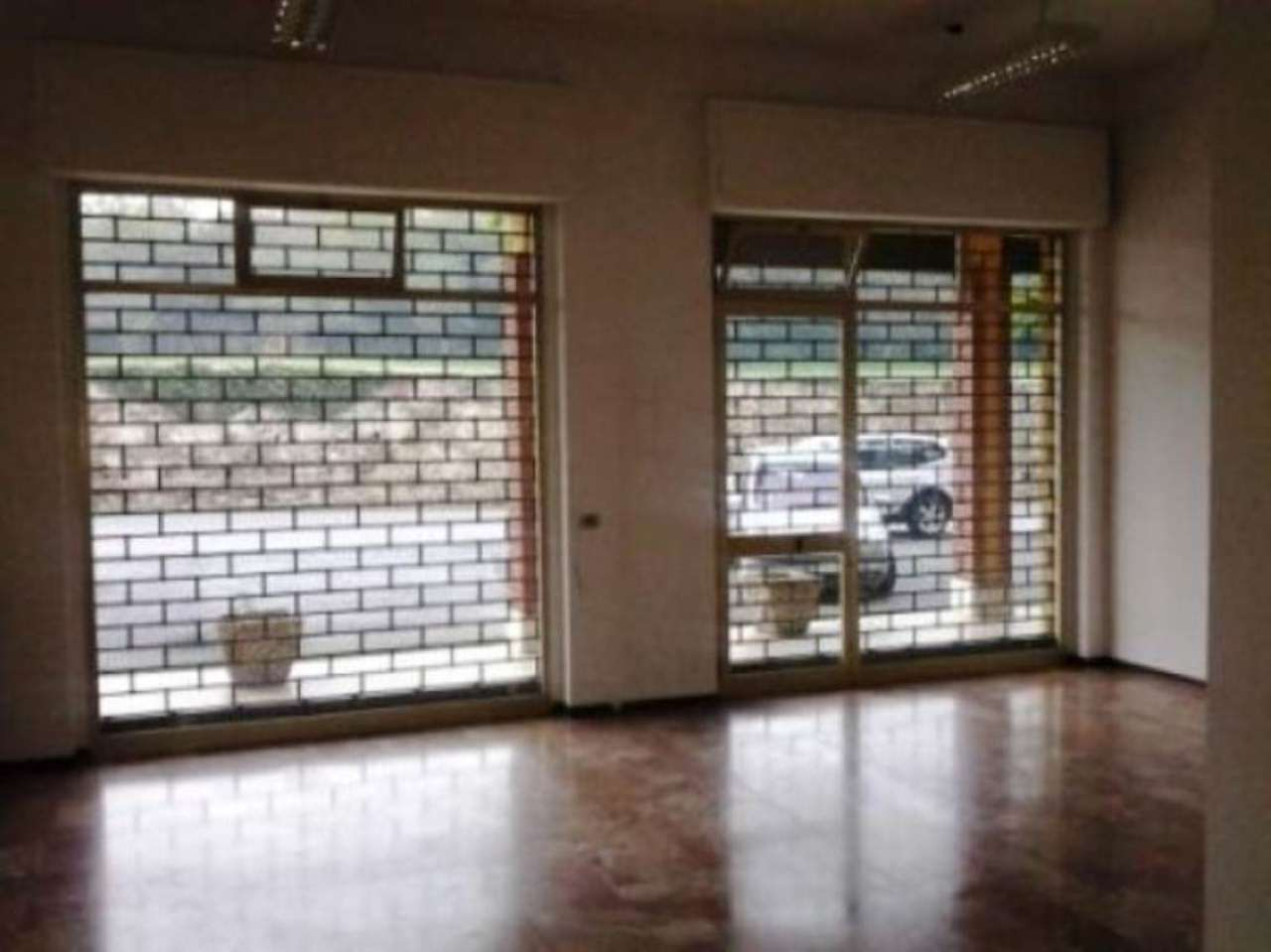 Negozio / Locale in affitto a Villarbasse, 4 locali, prezzo € 950 | Cambio Casa.it
