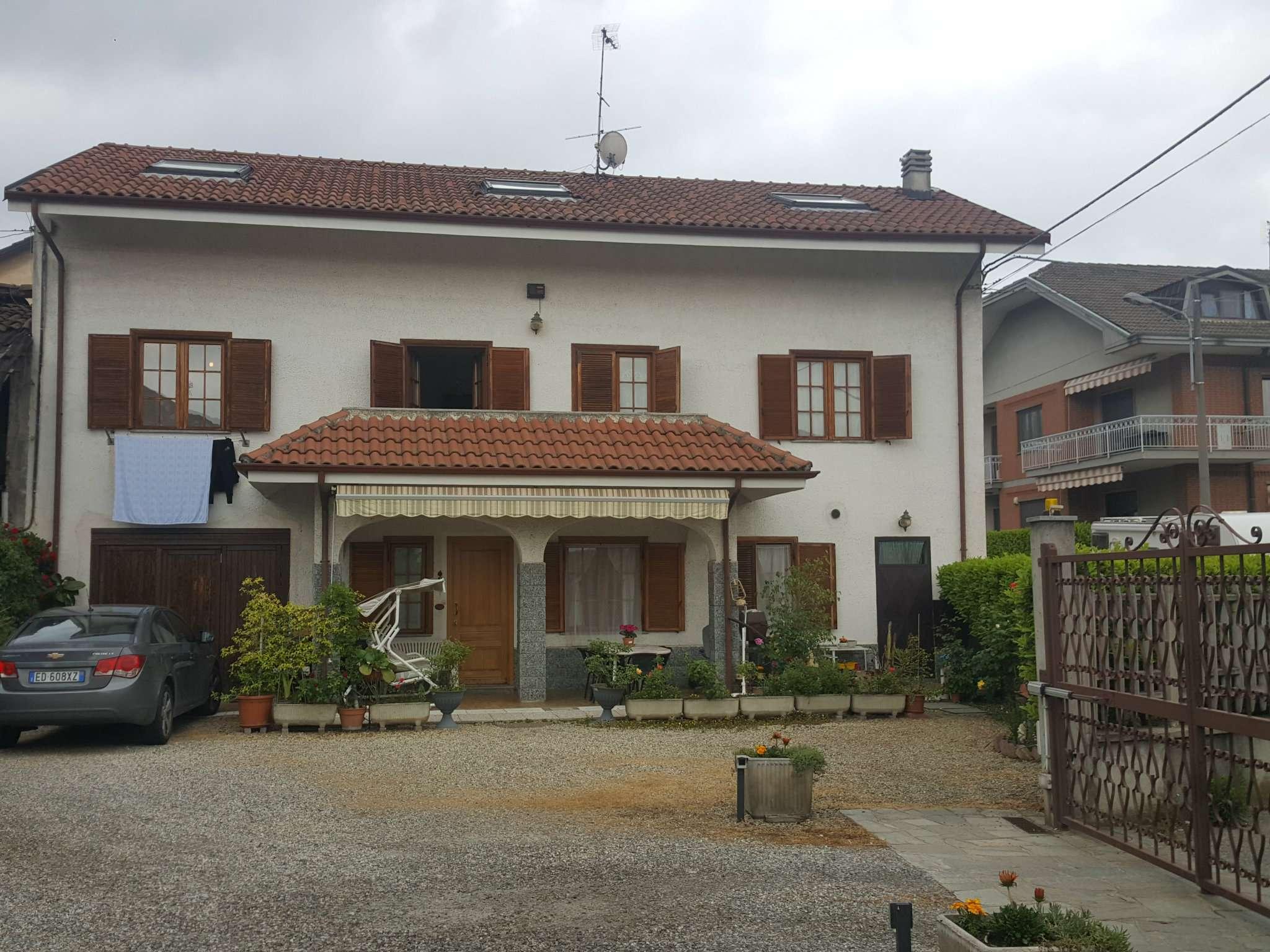 Foto 1 di Casa indipendente via Marchile Cappella 8, Piossasco