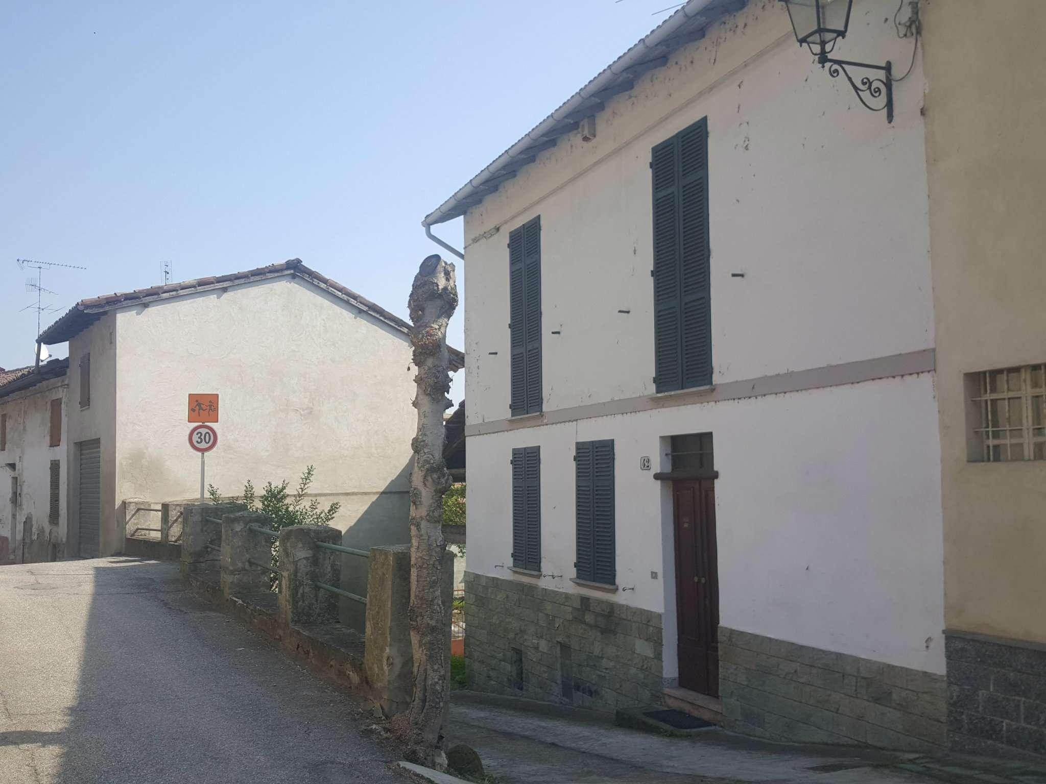 Soluzione Indipendente in vendita a Cereseto, 8 locali, prezzo € 98.000 | CambioCasa.it