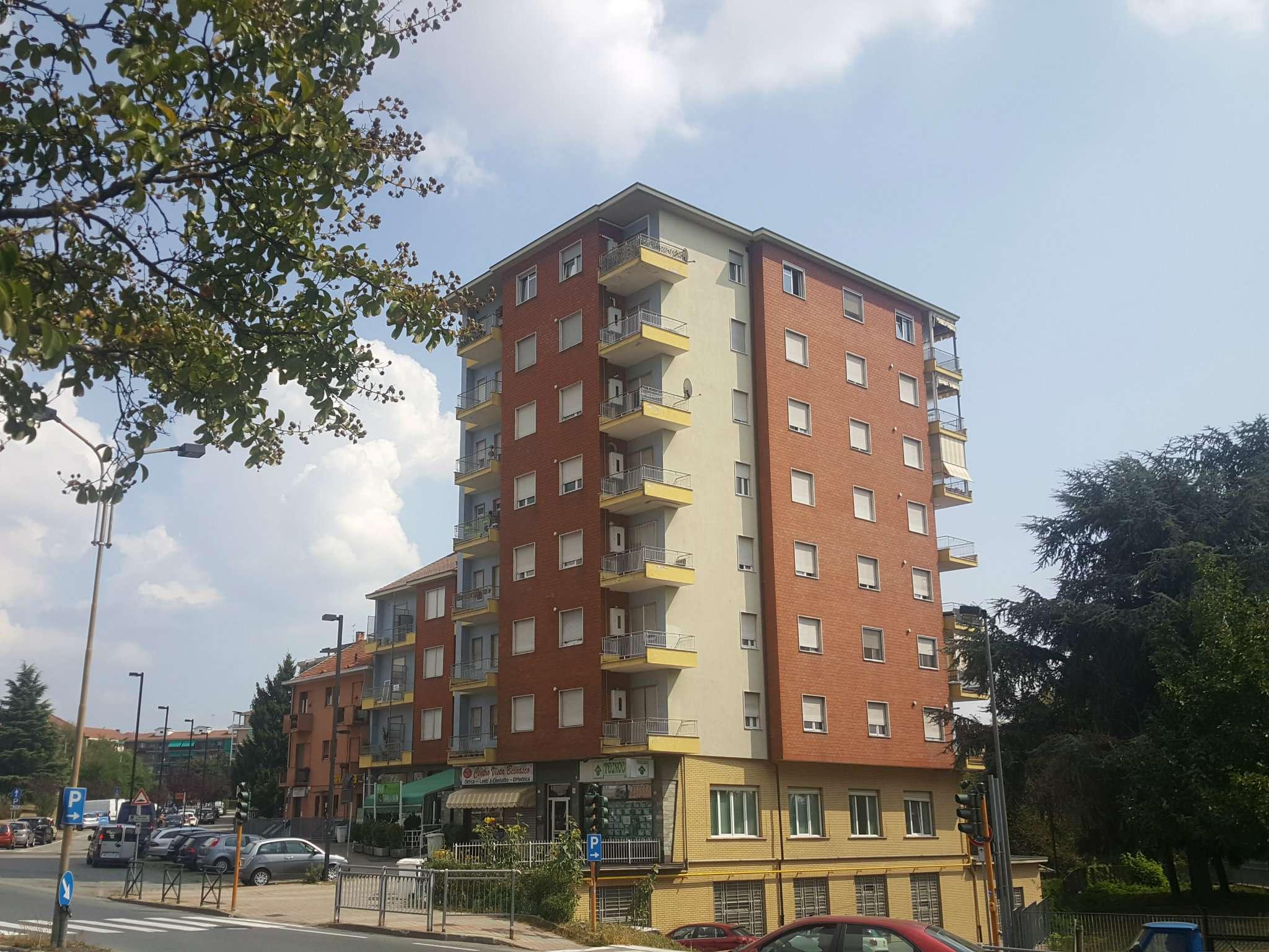 Appartamento in vendita a Beinasco, 2 locali, prezzo € 110.000   CambioCasa.it