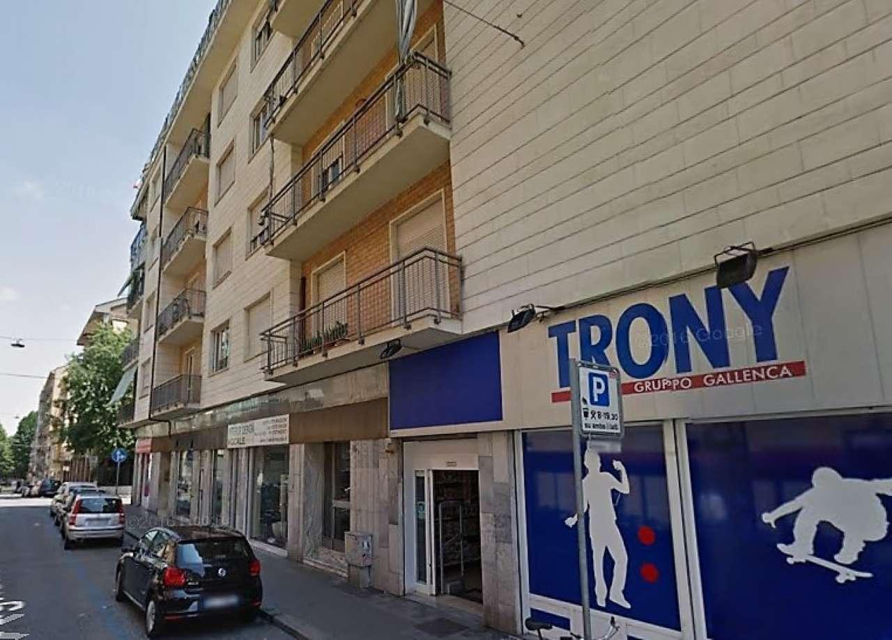 Negozio in vendita Zona Cit Turin, San Donato, Campidoglio - Via Vagnone Torino