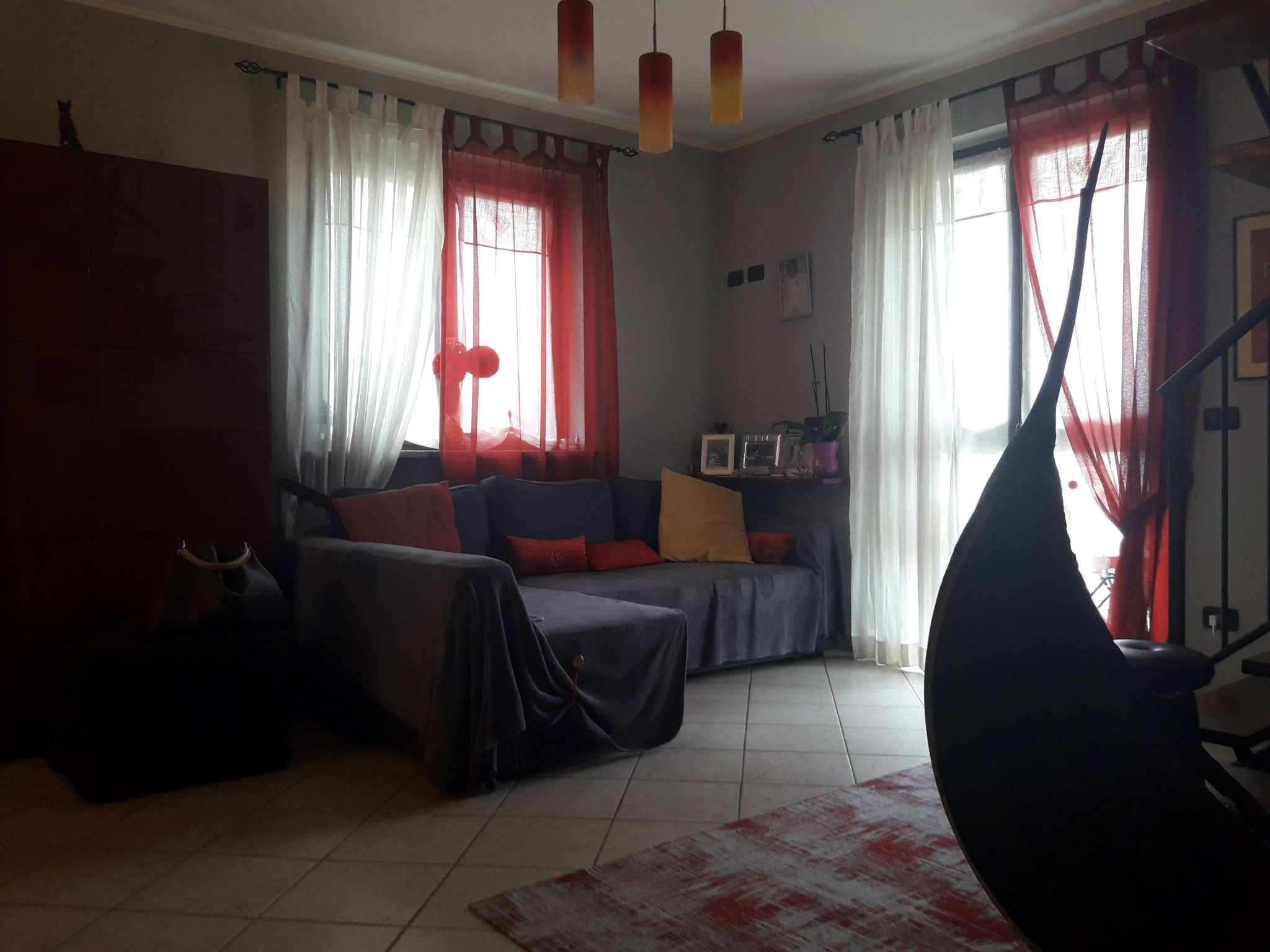 Appartamento in vendita via asiago 33 chieri for Appartamento via asiago catania