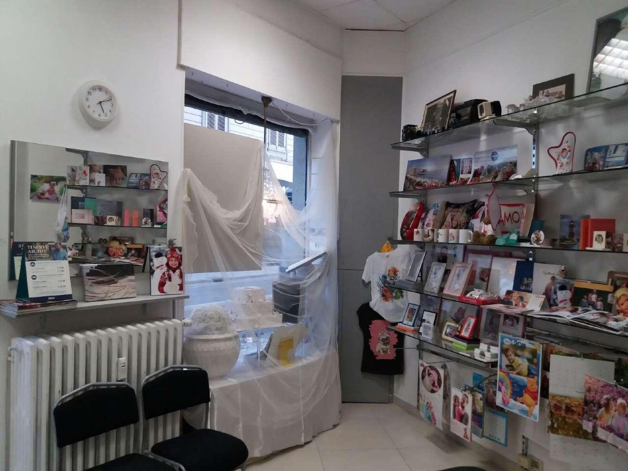 Foto 3 di Locale Commerciale via Rossini, Torino (zona Vanchiglia, Regio Parco)