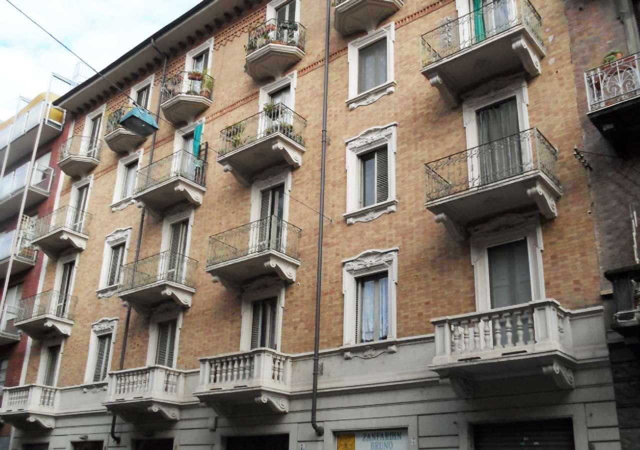 Appartamento in affitto Zona Vanchiglia, Regio Parco - via ARTISTI Torino