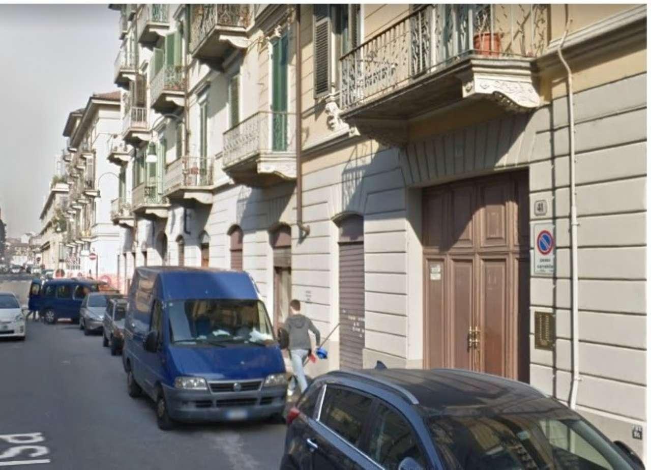 Magazzino/Laboratorio in vendita Zona Vanchiglia, Regio Parco - via Pisa Torino