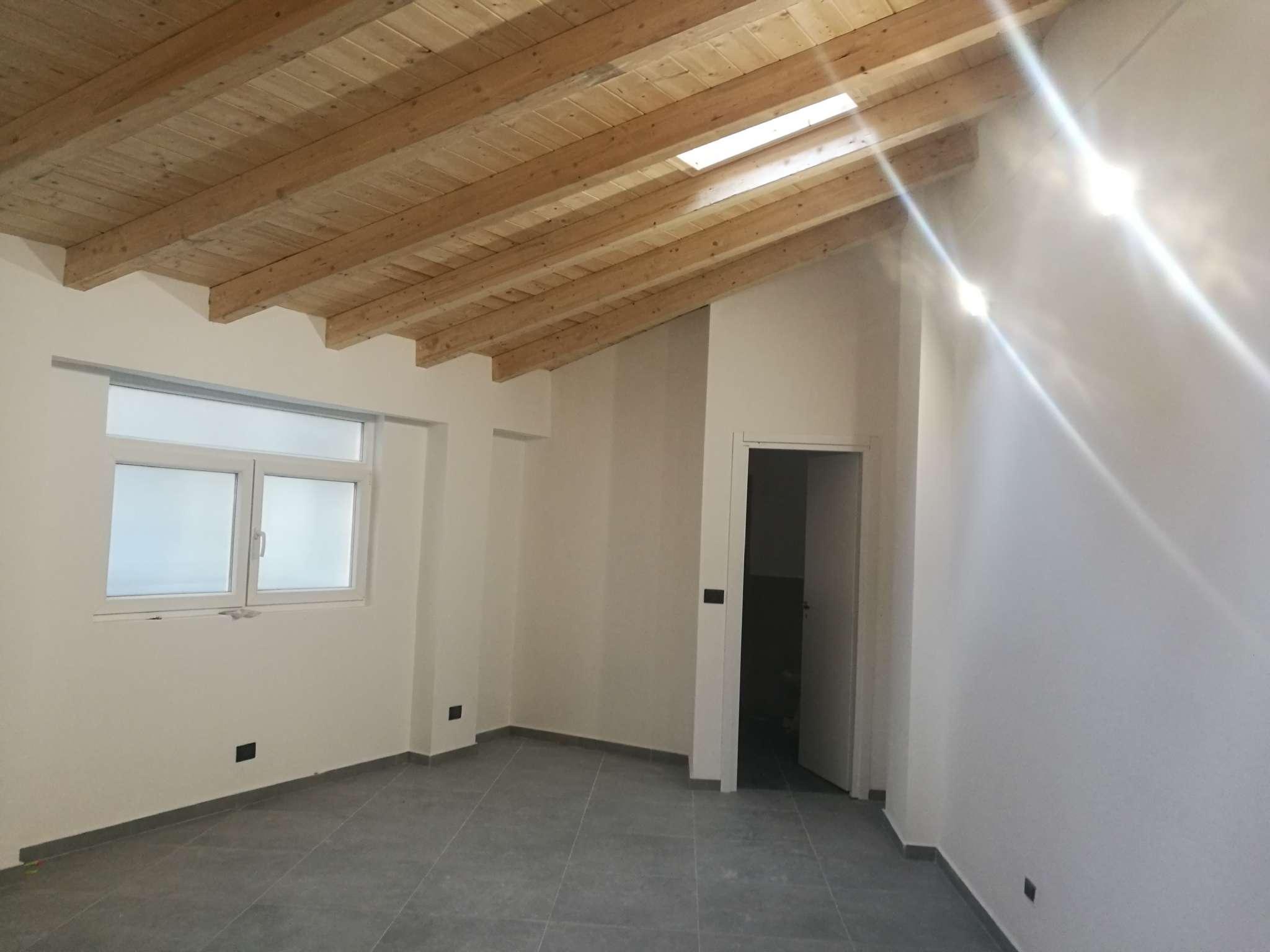 Loft/OpenSpace in vendita Zona Vanchiglia, Regio Parco - via Modena Torino