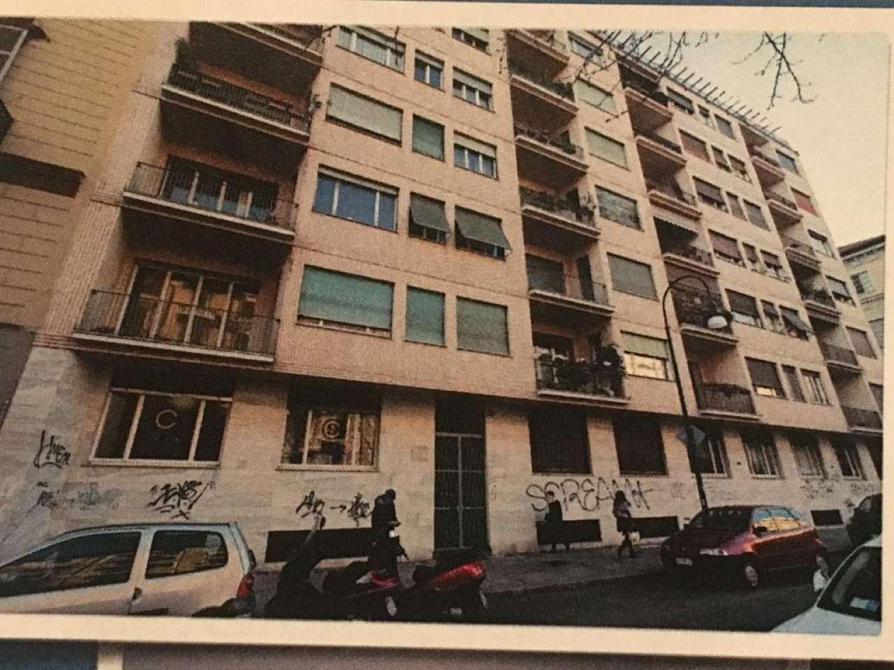 Magazzino/Laboratorio in affitto Zona Centro - corso Palestro Torino