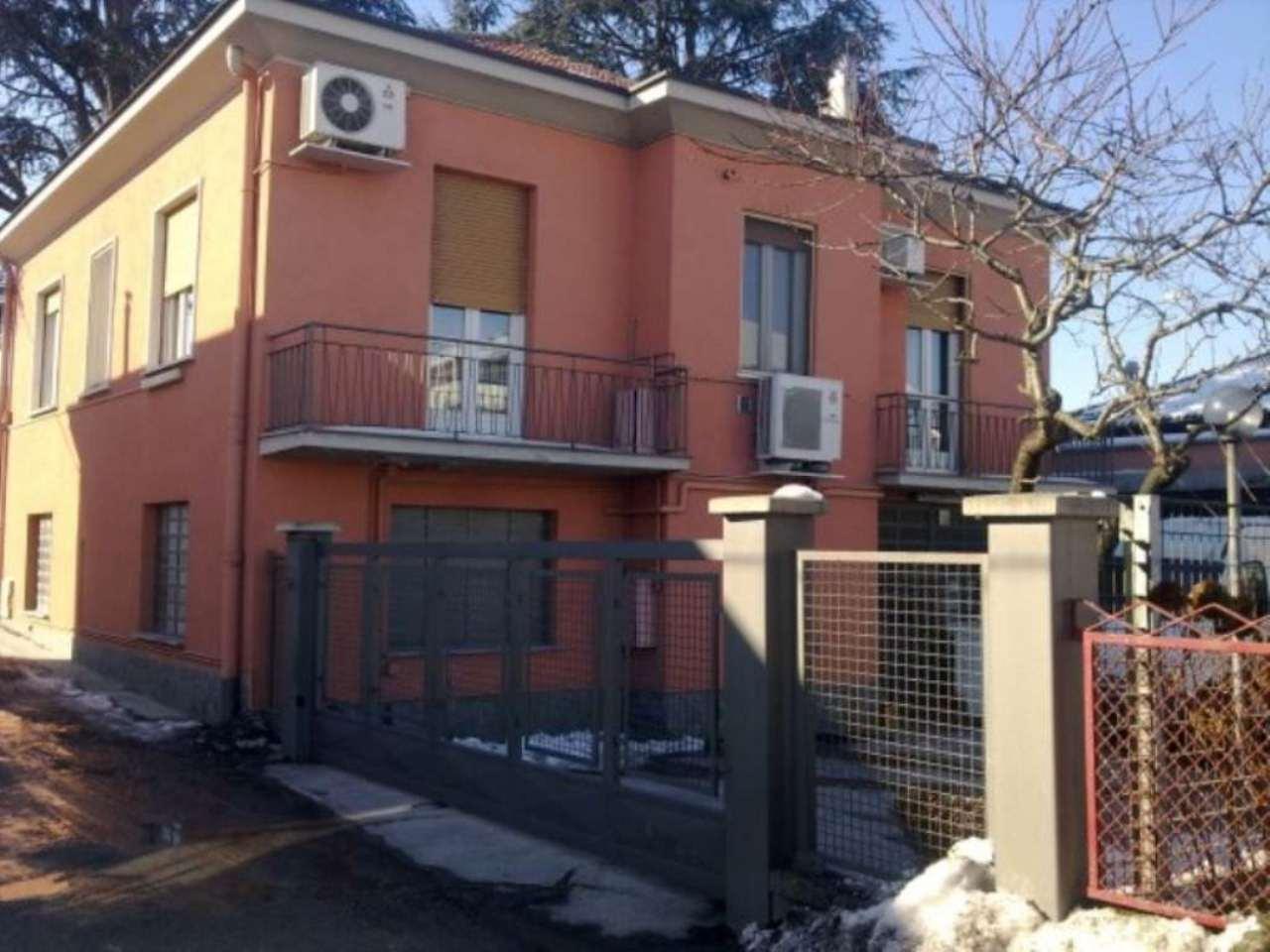 Soluzione Indipendente in vendita a Moncalieri, 6 locali, Trattative riservate | Cambio Casa.it