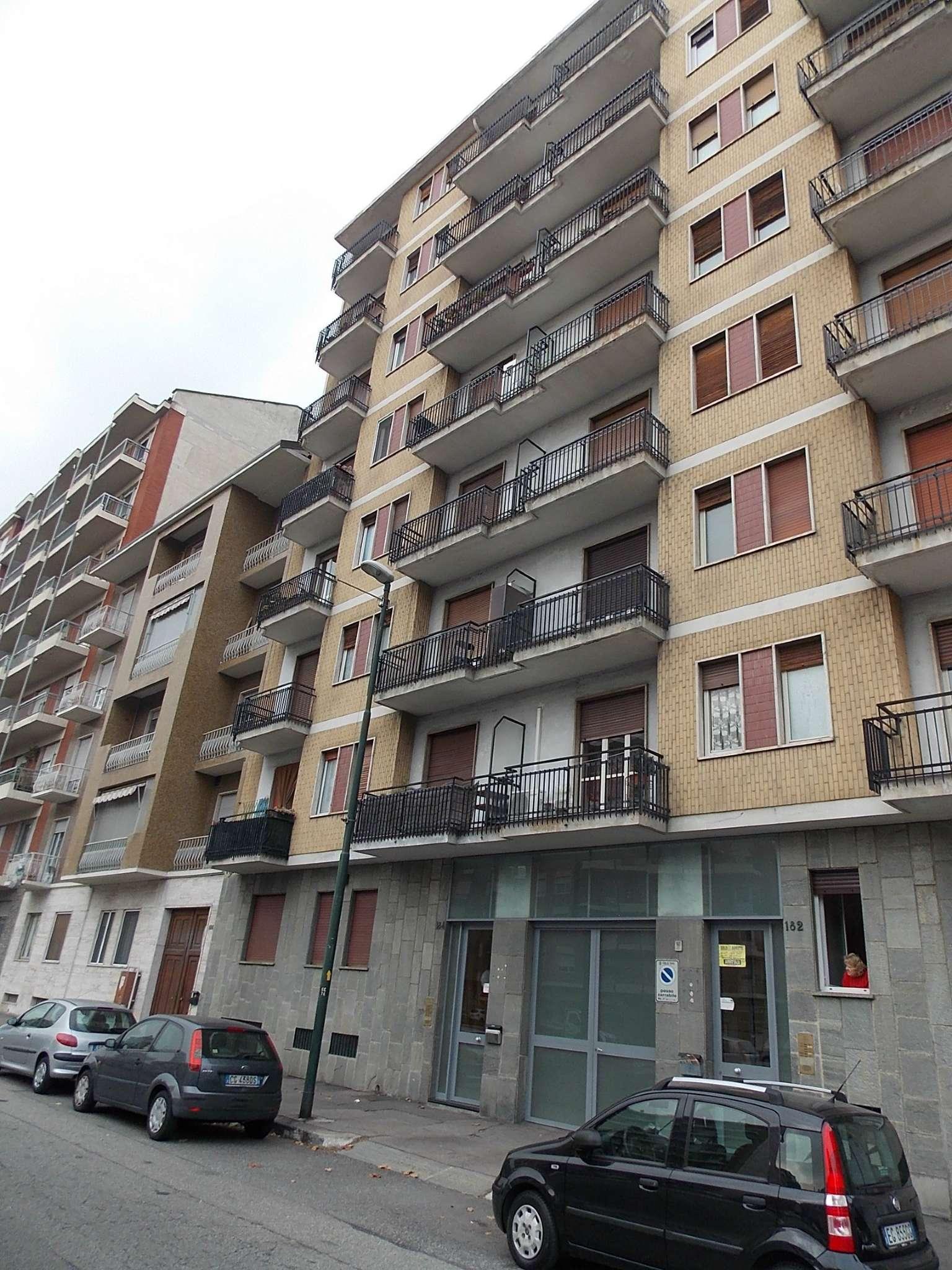 Magazzino in vendita a Torino, 1 locali, zona Zona: 13 . Borgo Vittoria, Madonna di Campagna, Barriera di Lanzo, prezzo € 24.000 | Cambio Casa.it