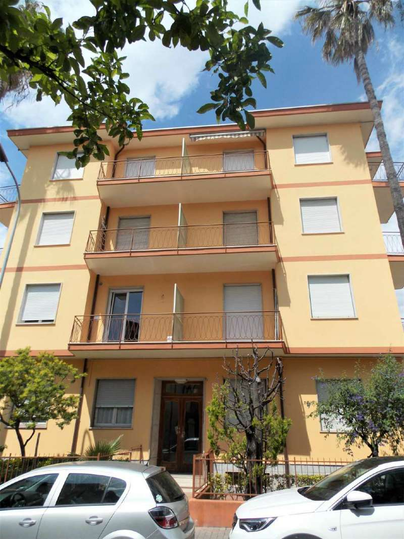Casa vacanza in vendita via Gerolamo Rossi Bordighera