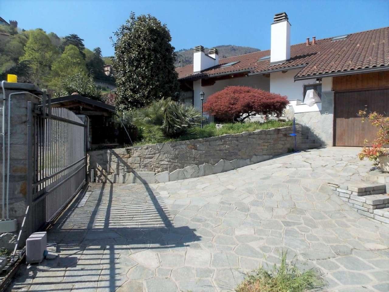 Immagine immobiliare Villa prestigiosa a Piossasco Piossasco, nella panoramica zona collinare che fa da cornice al predominante