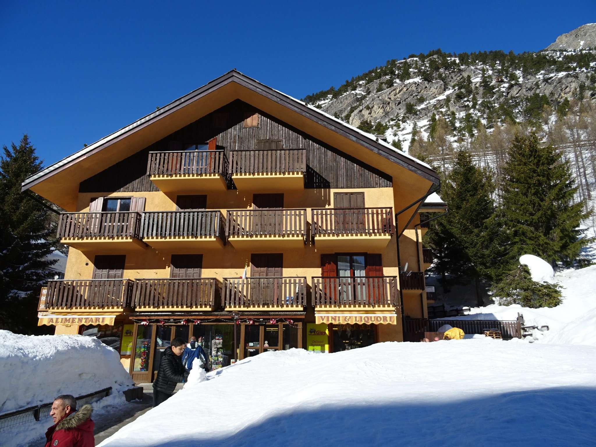 Casa vacanza in vendita via Nazionale 16 Claviere